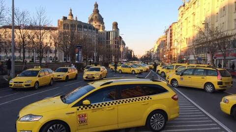 Budapest taxis demonstration against uber