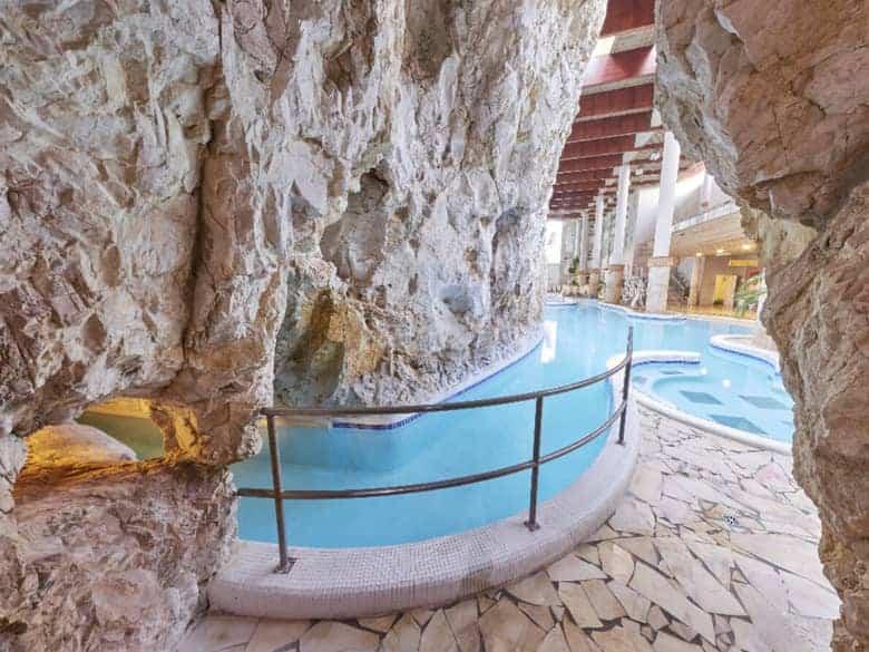 Miskolctapolca Cave Bath indoor