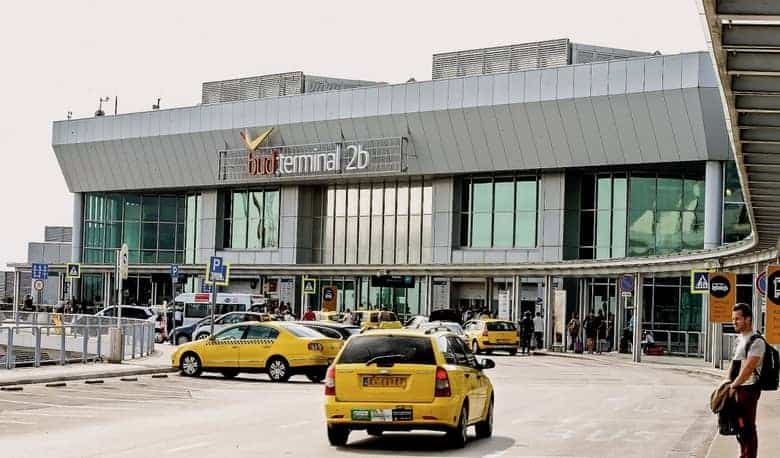 Taxi Terminal 2B-Liszt Ferenc Airport