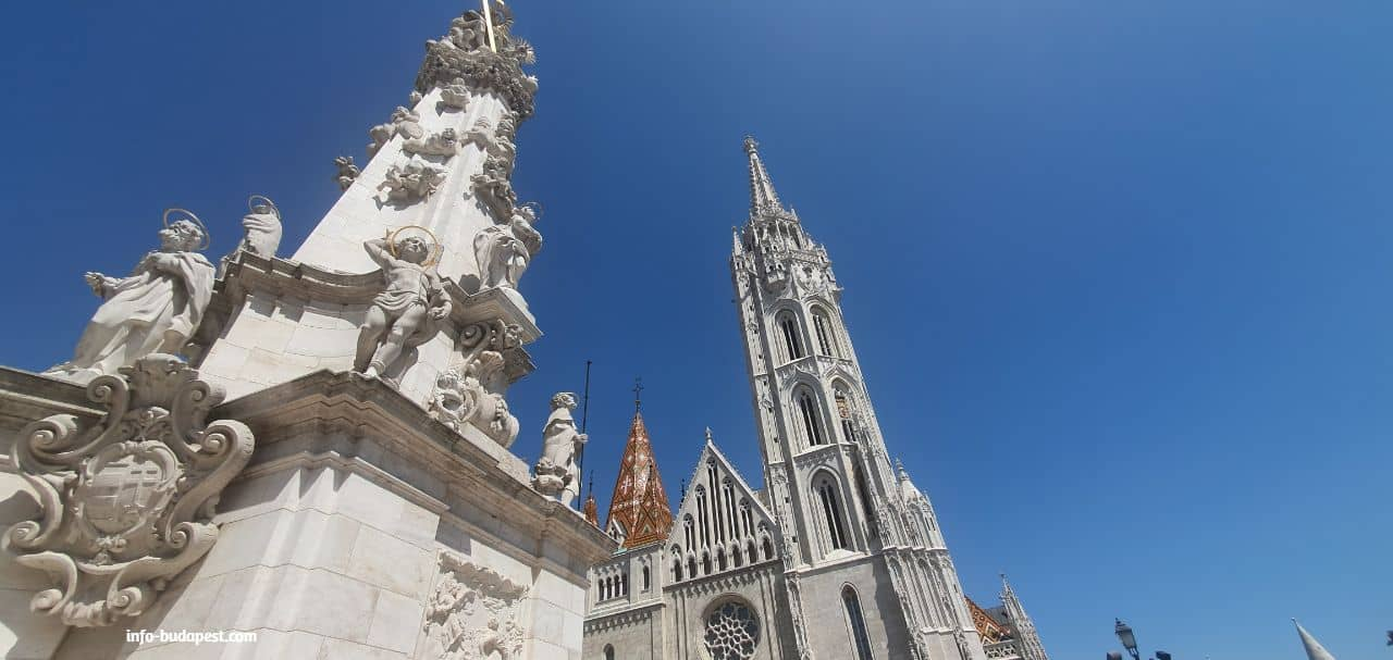 Castle hill and its area, Matthias Church