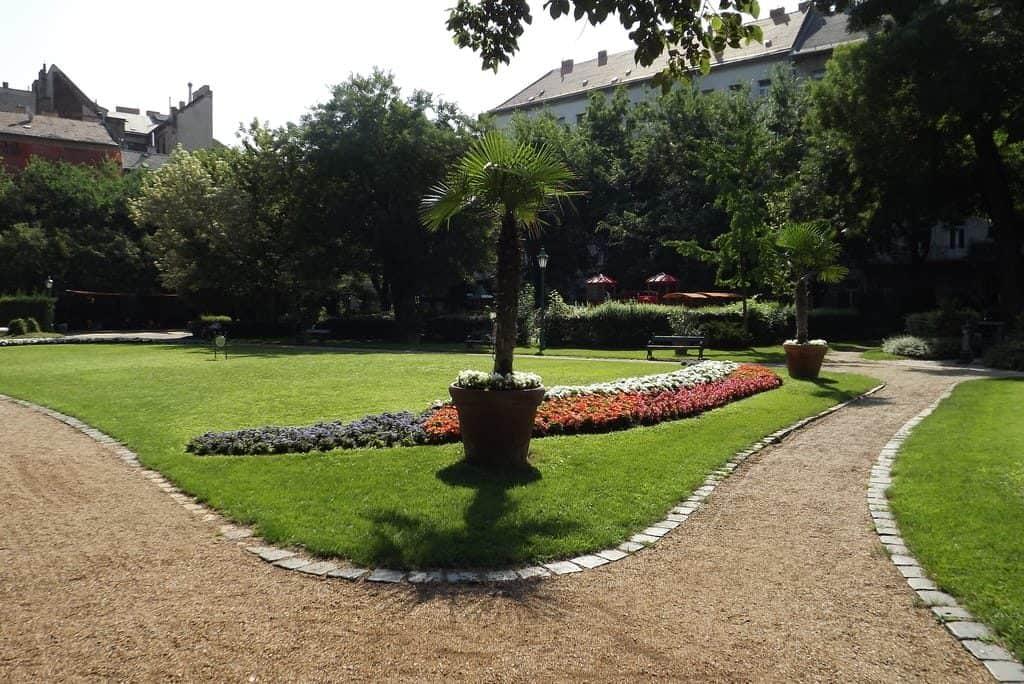 Károlyi garden