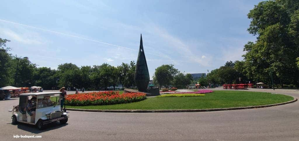 main square at margaret island