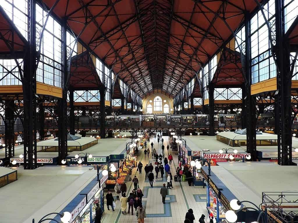 The Great Market Hall, buffets, lángos