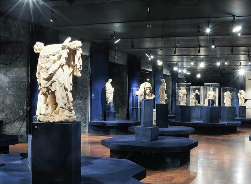 Gothic statues, Gothic Exhibition