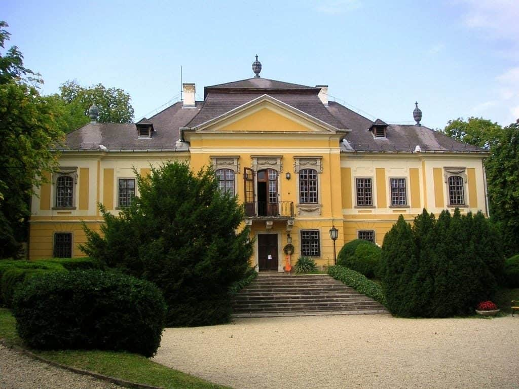 The De la Motte Castle - Noszvaj