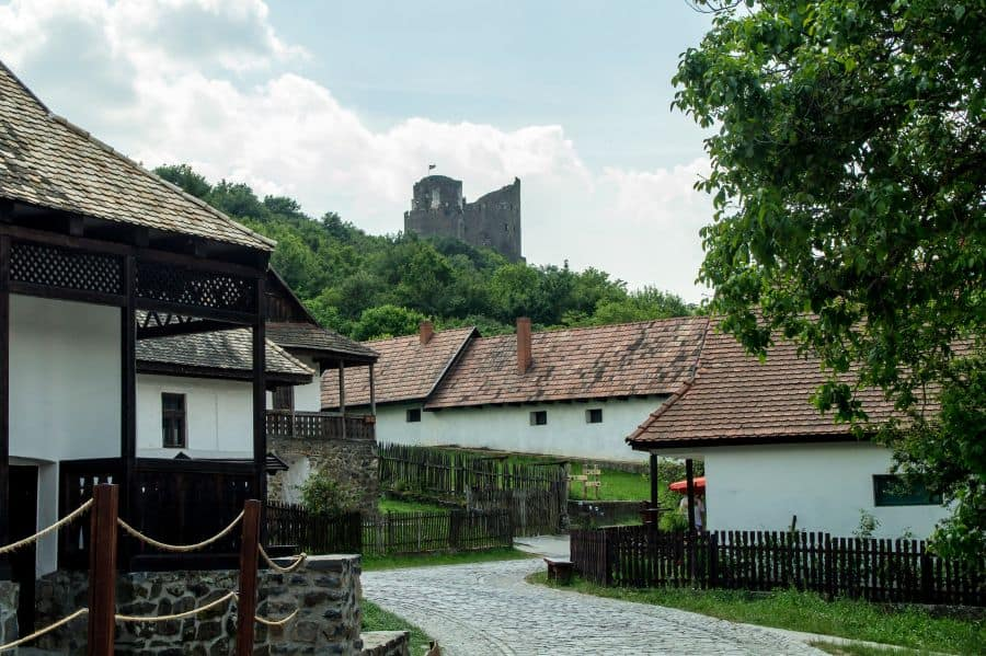 The unique Hungarian village: Hollókő