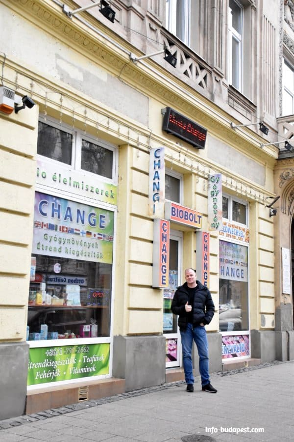 The best place to exchange money in Budapest