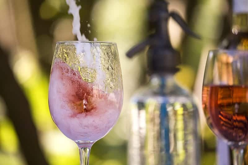 Spritzer – the essential element of Hungarian summers