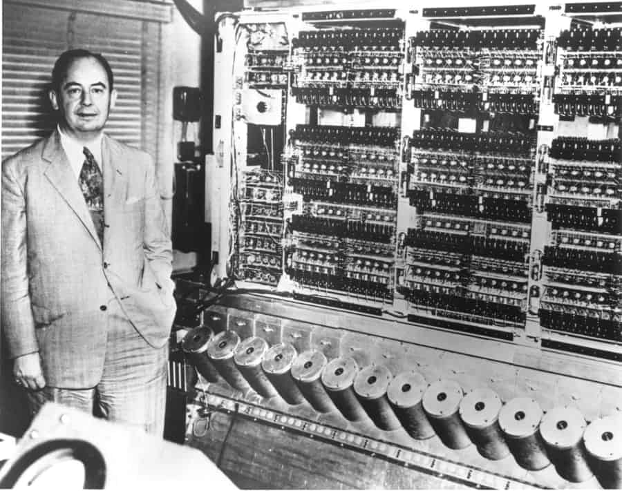 Neumann Janos who invented the computer