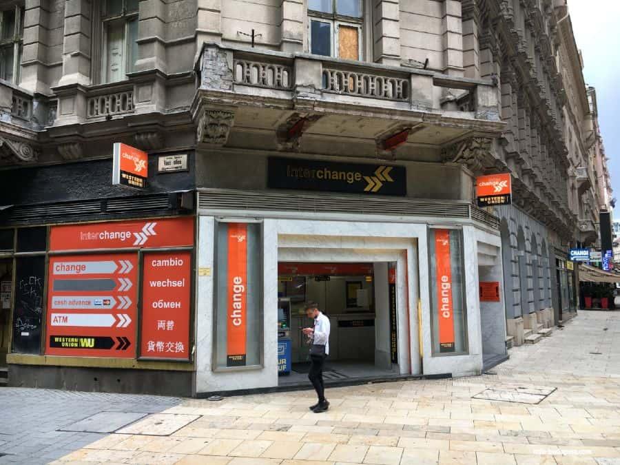 Please AVOID! Interchange office in Váci street. Bad rates!