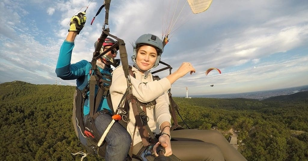 Paragliding over Budapest-Crazy things to do