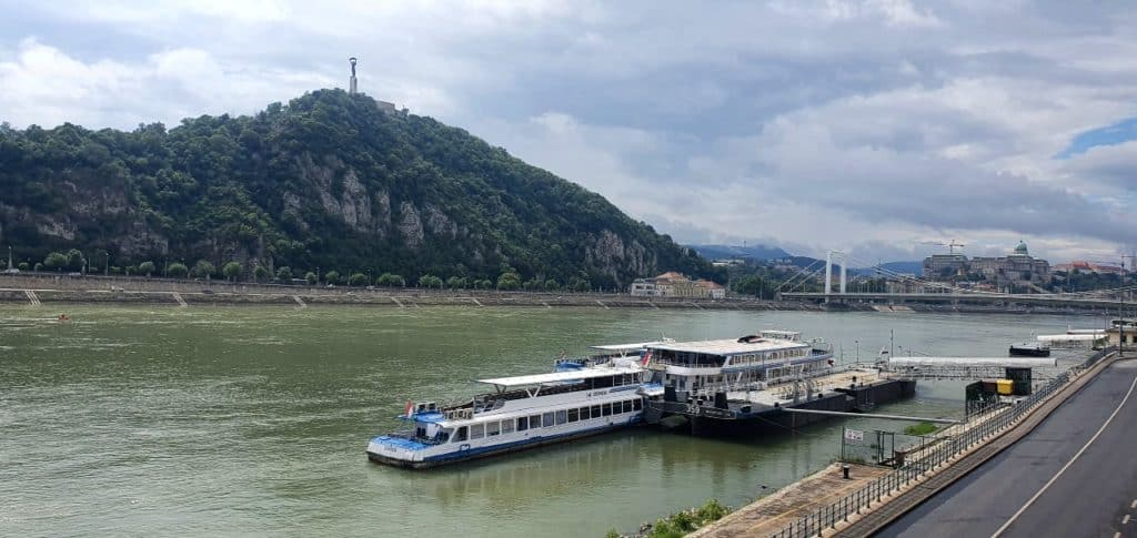 BKK cruising is a very good program for almost free. Danube bend, Cruising