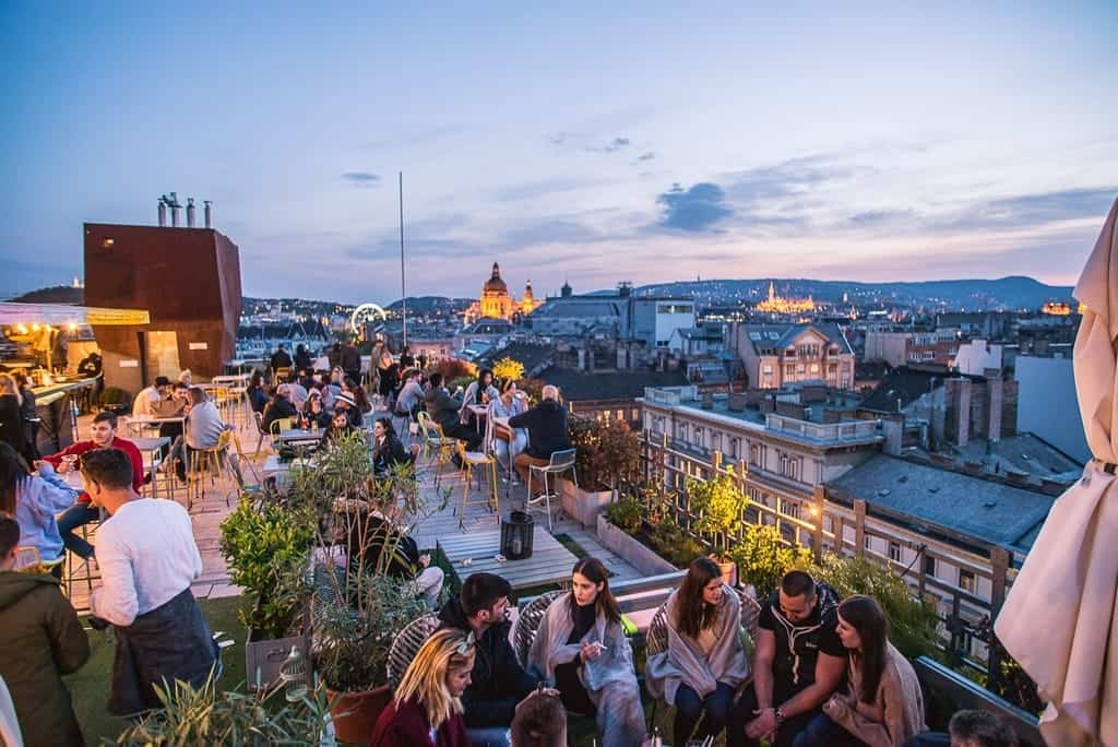 Romantic things to do in Budapest- Dinner at 360 bar