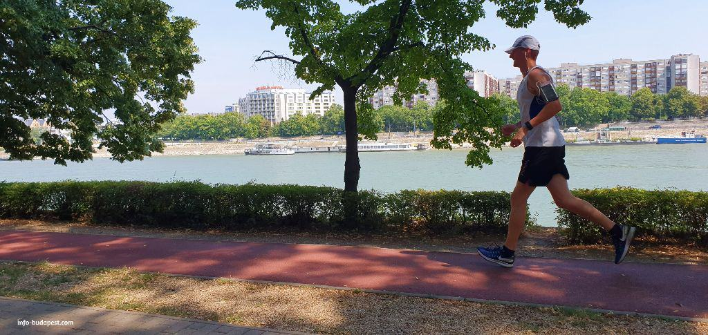 Free thing to do-Sports in Budapest-Running on Margaret Island