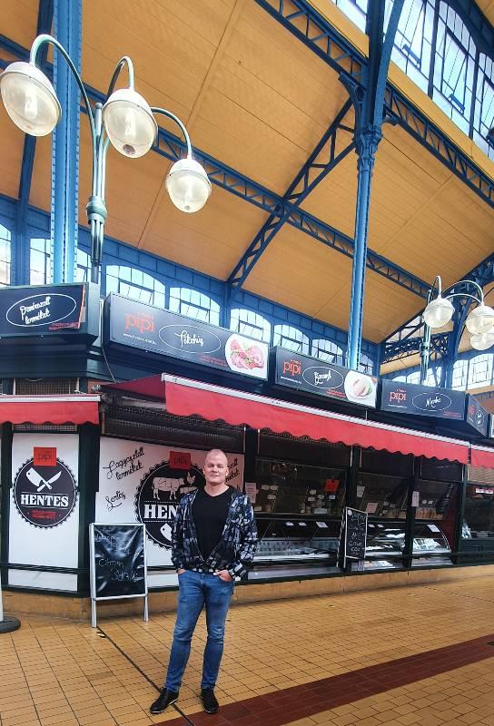 I'm at the Rákóczi Square Market Hall-September-2020