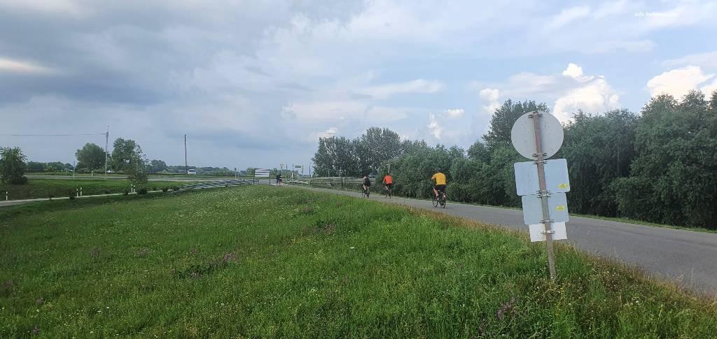 Lake Tisza Bicycle