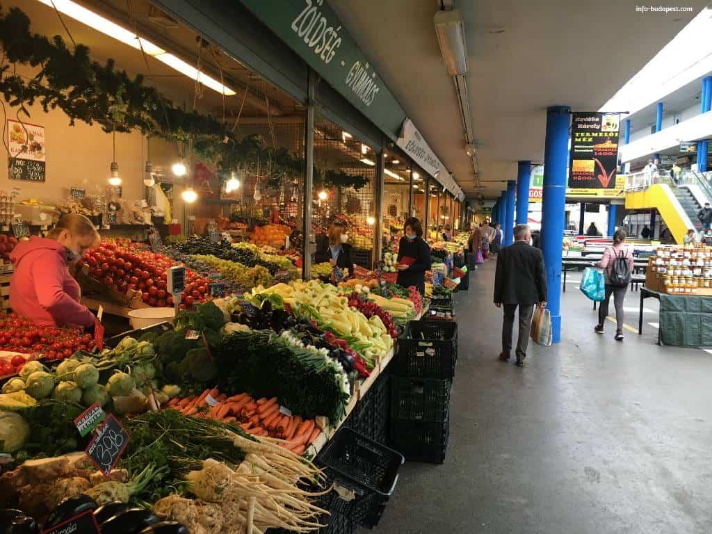 Vegetables at Budapest Fény street market-Primary producer market